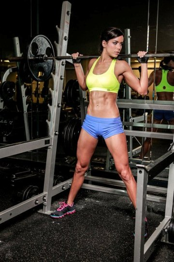 Friday Fitspiration Interview with Fitness Model Rachel Nicole