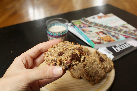 Healthy Chocolate Coconut Oatmeal Cookie Recipe 02